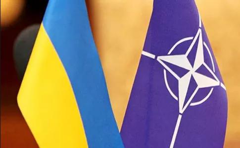"""Блокування Угорщиною засідання комісії """"Україна-НАТО"""": МЗС розраховує"""
