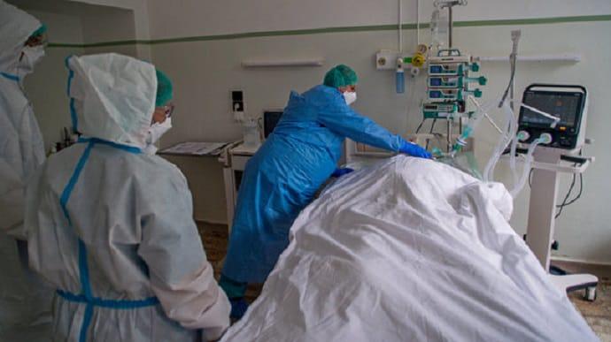 Від коронавірусу за добу у світі померло рекордне число хворих | Українська  правда