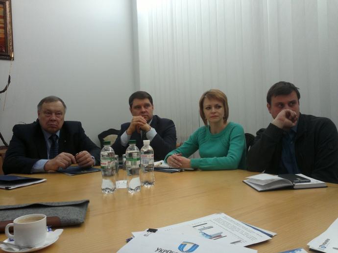 Олександр Стеценко (крайній зліва): При Януковичі йшло знищення обороно-промислового комплексу