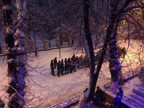 Беркут на вулиці Богомольця, фото УП