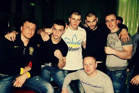 Вадим із друзями. Фото з Facebook Влада Соделя