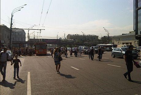 Пожар в московском метро вызвала коллапс и с наземным транспортом