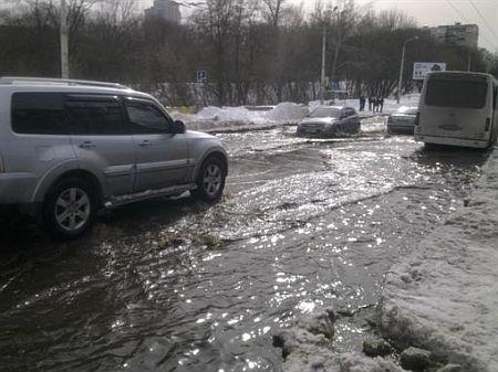 Первые подтопления в Киеве. Фото Владимир Моисеенко