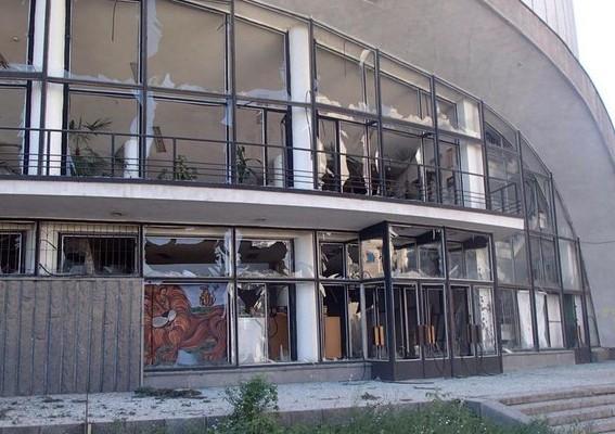 У Луганську в 2015 році відновили роботу пошкодженого внаслідок обстрілів цирку