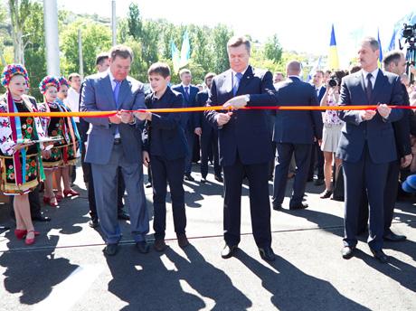 Янукович в Севастополе. Фото пресс-службы президента