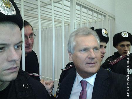 Луценко в суде: Я хочу видеть документ, на основании которого меня осудили