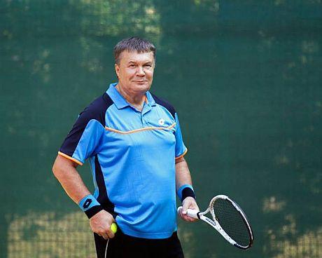 Янукович на корті