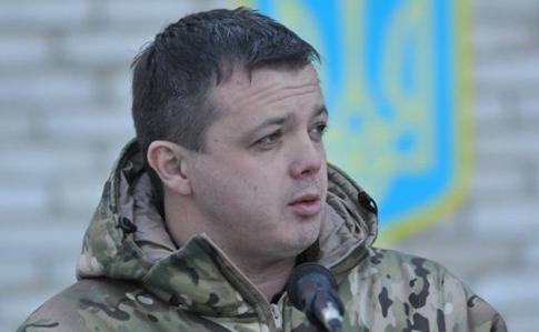Полиция показала Семенченко с сумками под ВР. Тот объяснил, что в них