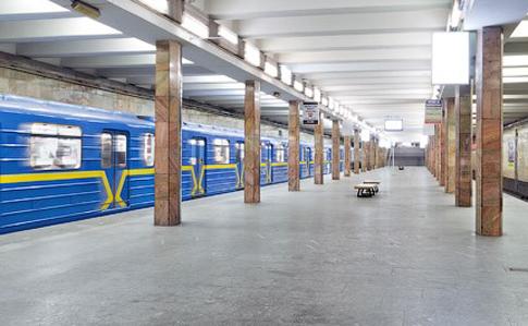 Генпрокуратура занялась полицейскими, которые избили мужчину вкиевском метро