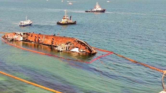 Чорне море отруєно мазутом - танкер