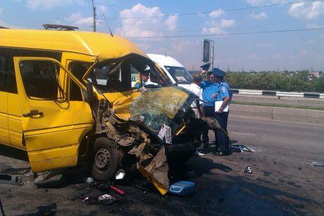 Аварія маршрутки і тролейбуса Запоріжжя. Фото timeszp.com