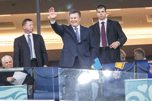 Звичайно, на футбол прийшов президент Віктор Янукович