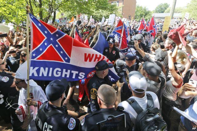 Маніфестиція білих націоналістів у Шарлотсвіллі