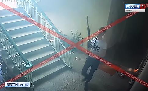 Российское ТВ обнародовало видео действий керченского стрелка