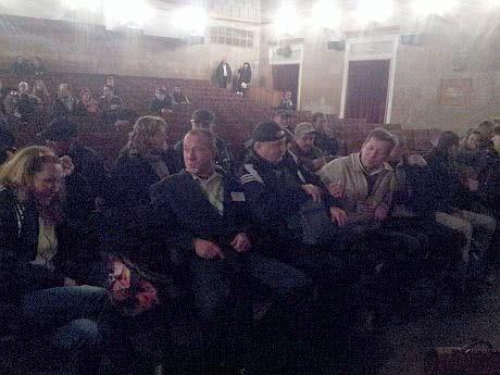 Незвичні глядачі прийшли подивитися фільм про Межигіря