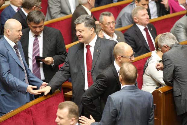 А еще Порошенко пообщался с оппозицией