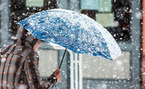Йде зима: коли на Прикарпатті чекати першого снігу