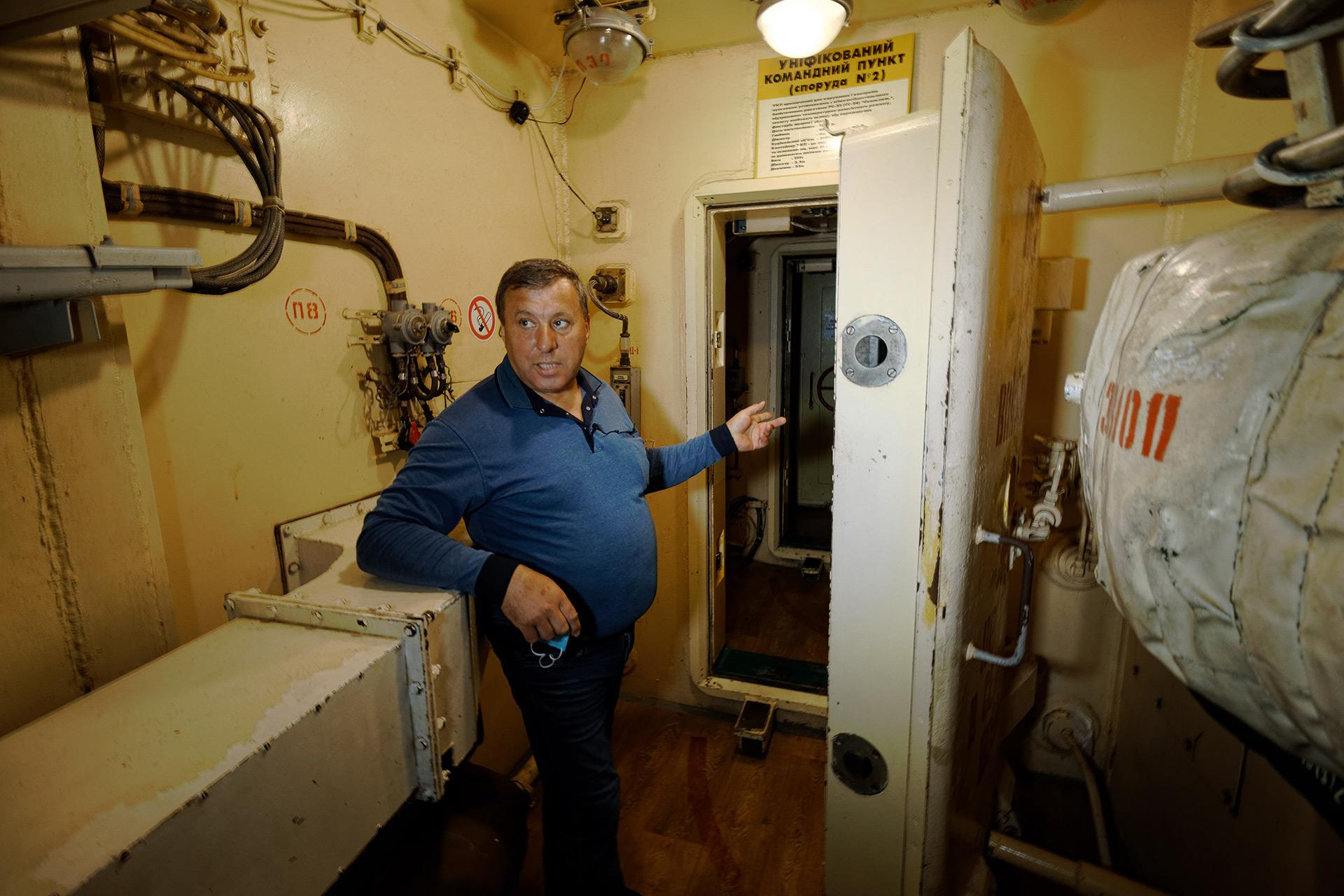 В подземном командном пункте многое напоминает внутренности подводной лодки