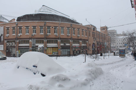 Біля Бесарабського ринку. Фото Оксани Коваленко, УП