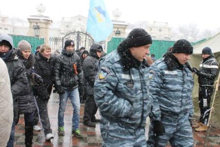 АнтиМайдан регіоналів під парламентом