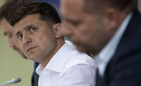 Зеленский хочет объединить три министерства в одно