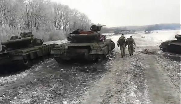 Танки противника, які підірвалися на мінах в ході бою на БП 1301 (позиція