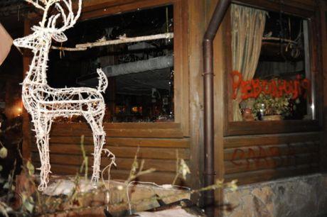 У Києві громили два ресторани. Фото - Дмитро Фортунатов, Сегодня