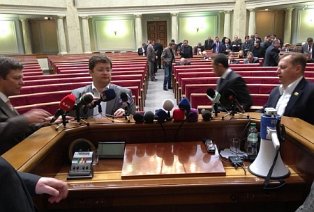 Опозиція готує своє засідання Ради. Фото Лесі Оробець