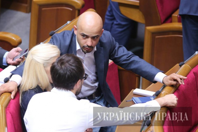 Мустафа Найем, Світлана Заліщук та Сергій Лещенко у парламені перший раз