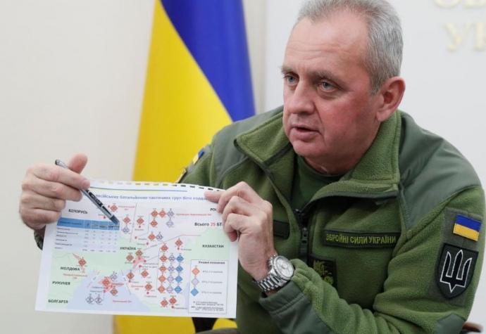 Муженко показал карту в доказательство российских танков у границы Украины