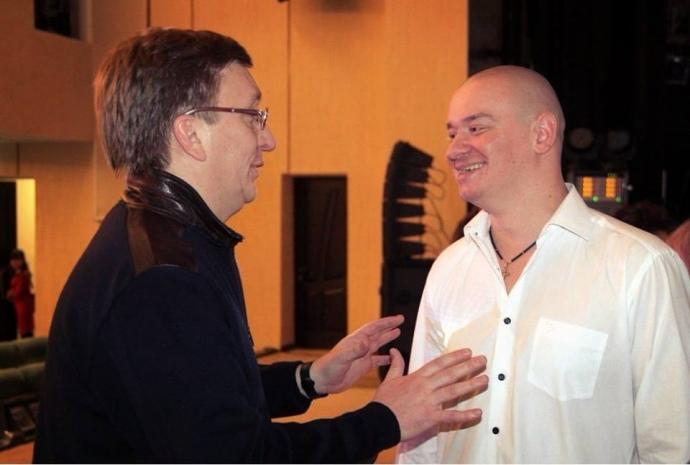 Владислав Бухарєв (ліворуч) і