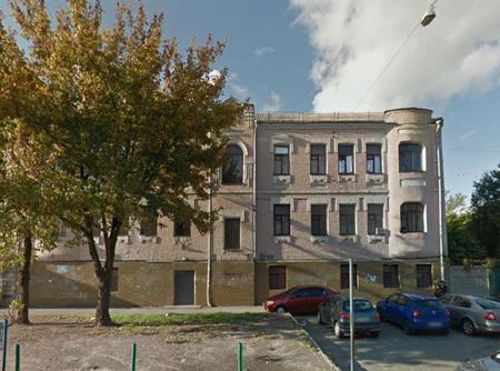 Обласна міліція нарешті забрала своє приміщення. Фото: Maps.google