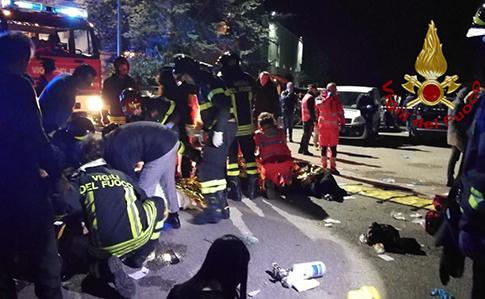 У Італії в нічному клубі через тисняву загинуло 6 людей, 100 постраждалих