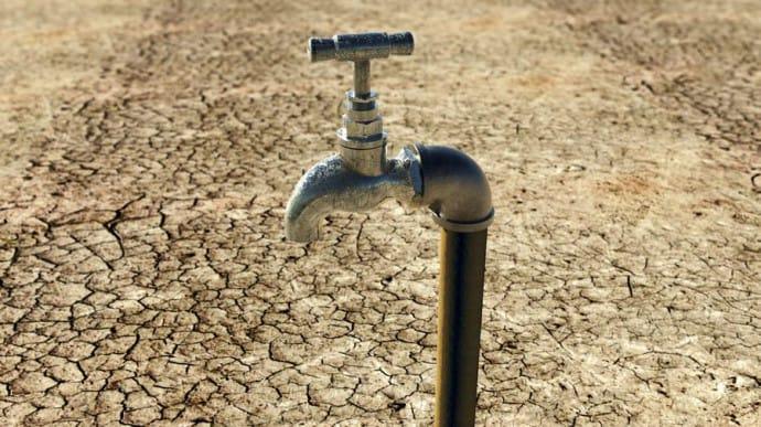 Еще почти 30 поселений в Крыму остались без воды: пересохли скважины | Украинская правда