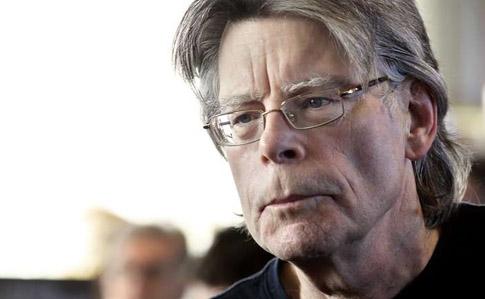 Стівен Кінг закликав звільнити Сенцова  Час спливає  87128d3b26d93