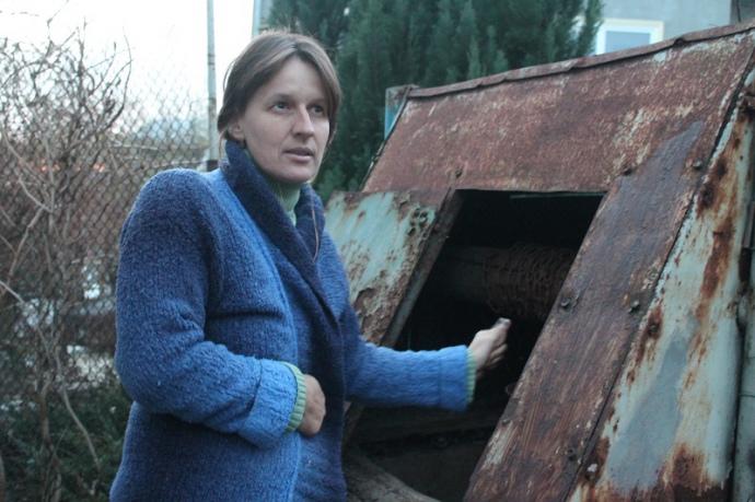 Активістка з Малехова уже роками не набирає воду з своєї криниці: боїться