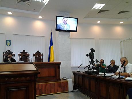 Кириченко свидетельствует в суде по видео