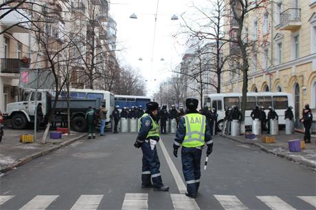 Перекрита вулиця Пилипа Орлика. Фото Оксани Коваленко, УП