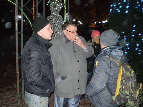 Сергій Сафо - по центру фото