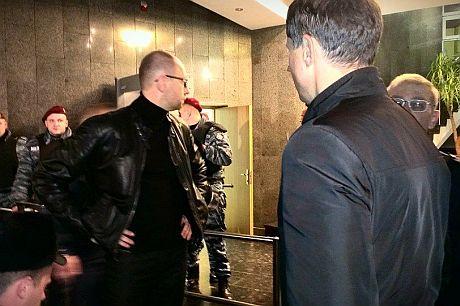 Яценюк пришел в ГПУ. Фото Оксаны Денисовой