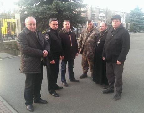 Силовики і Самооборона домовилися спільно охороняти Київ