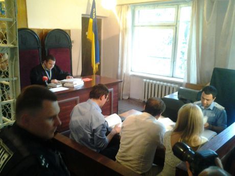 Луценко на суде против Кузьмина и судьев