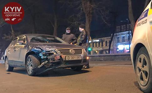 ВКиеве случилось ДТП сучастием автомобиля русских дипломатов