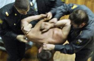 На николаевскую журналистку напал милиционер - отобран фотоаппарат и разбит телефон - Цензор.НЕТ 7983