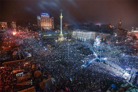Євромайадан святкує Новий рік. Фото twitter.com/Batkivshchyna
