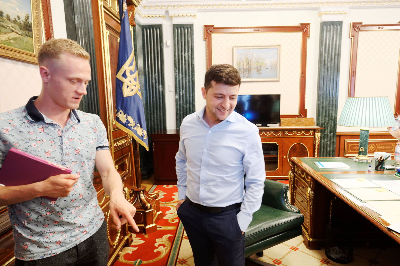 Экскурсия по Администрации президента. Афиша Днепра