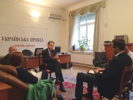 Посол США висловив підтримку Українській правді у зв'язку з тиском