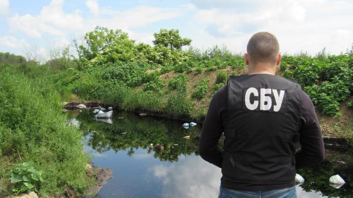 СБУ викрила екоцид на Вінниччині - зливали токсини