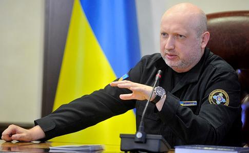 Турчинов: Операция Объединенных сил неисключает точечных антитеррористических операций