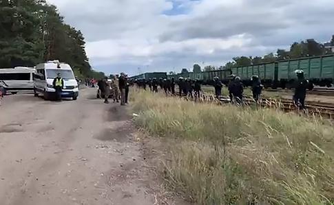 https://img.pravda.com/images/doc/c/6/c6981c3-blok-lviv.jpg